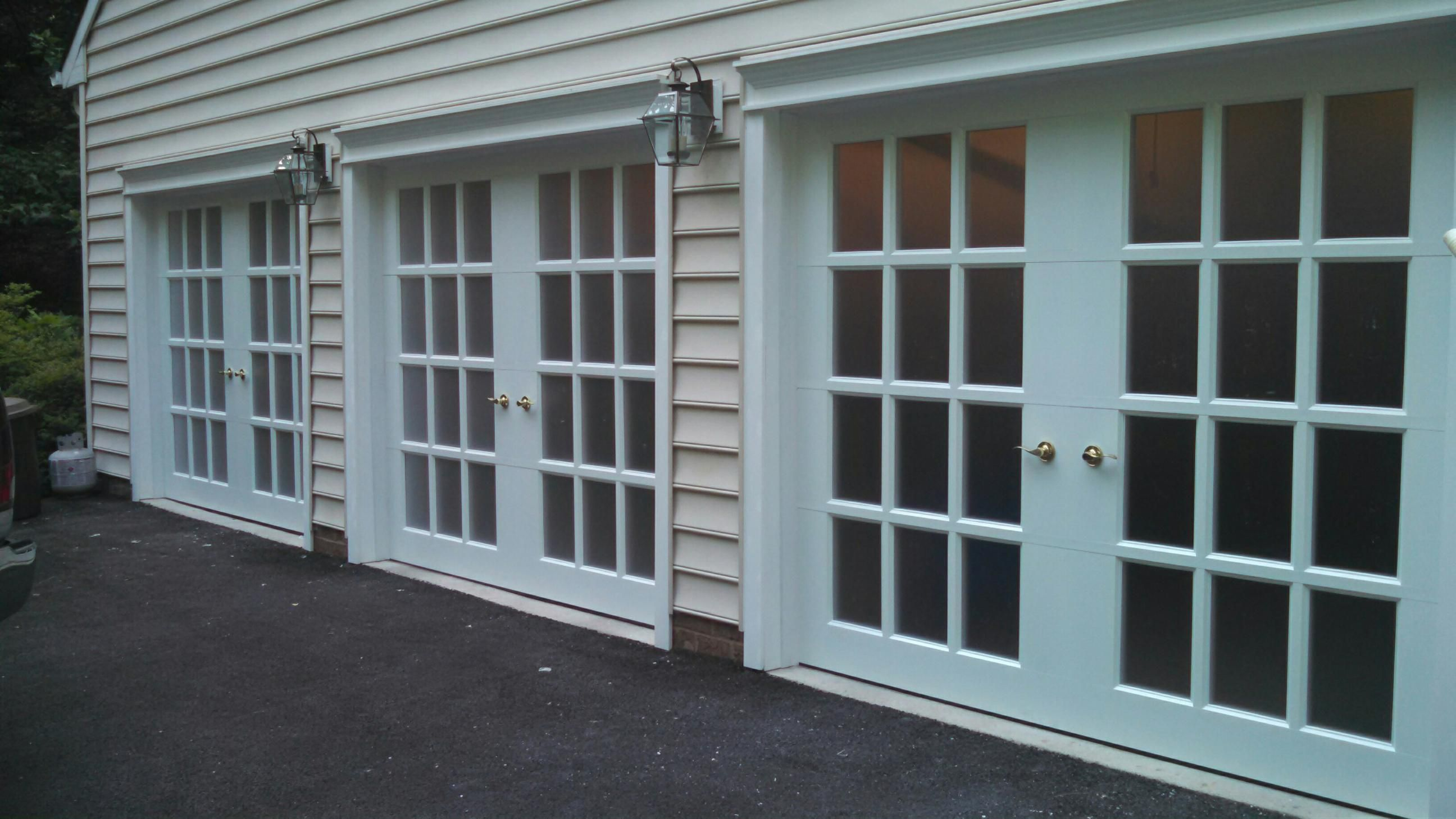 Three 8x7 Jennifer garage doors installed in Maryland. & Three 8x7 Jennifer garage doors installed in Maryland. | Gararge ... pezcame.com