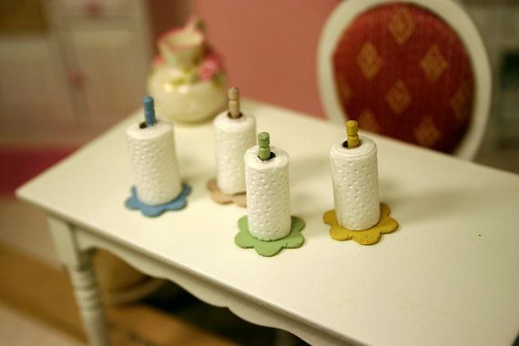 Dollhouse Miniature paper towel, wood holder, shabby chic, 112, 4 colors, dollhouse accessories, kitchen accessories