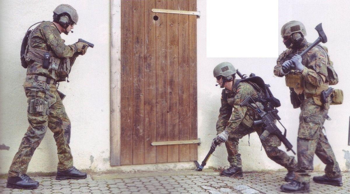 Door breach & Door breach | Art Soldier Reference | Pinterest | Doors Special ...