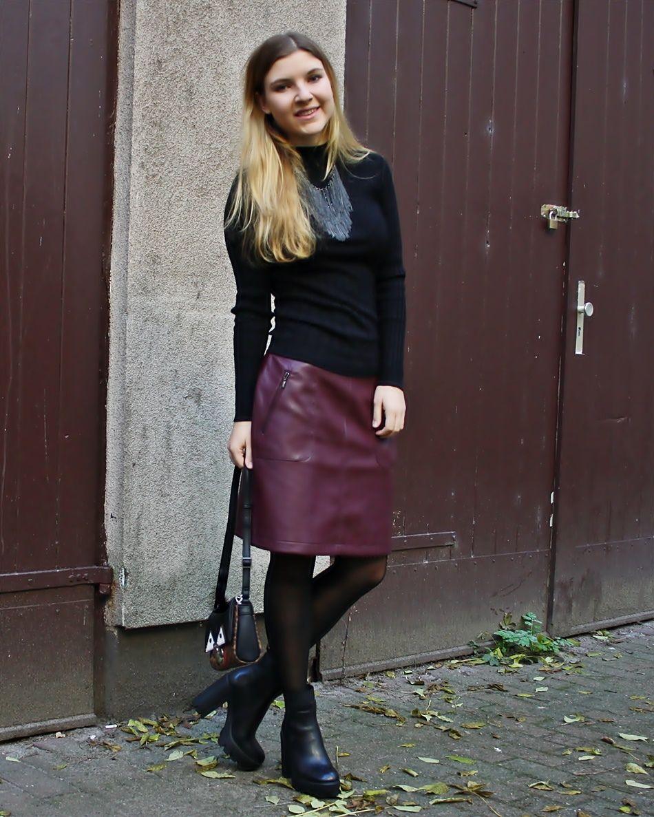 Women 39 s black crew neck sweater burgundy leather pencil - Tenue avec jupe en cuir ...