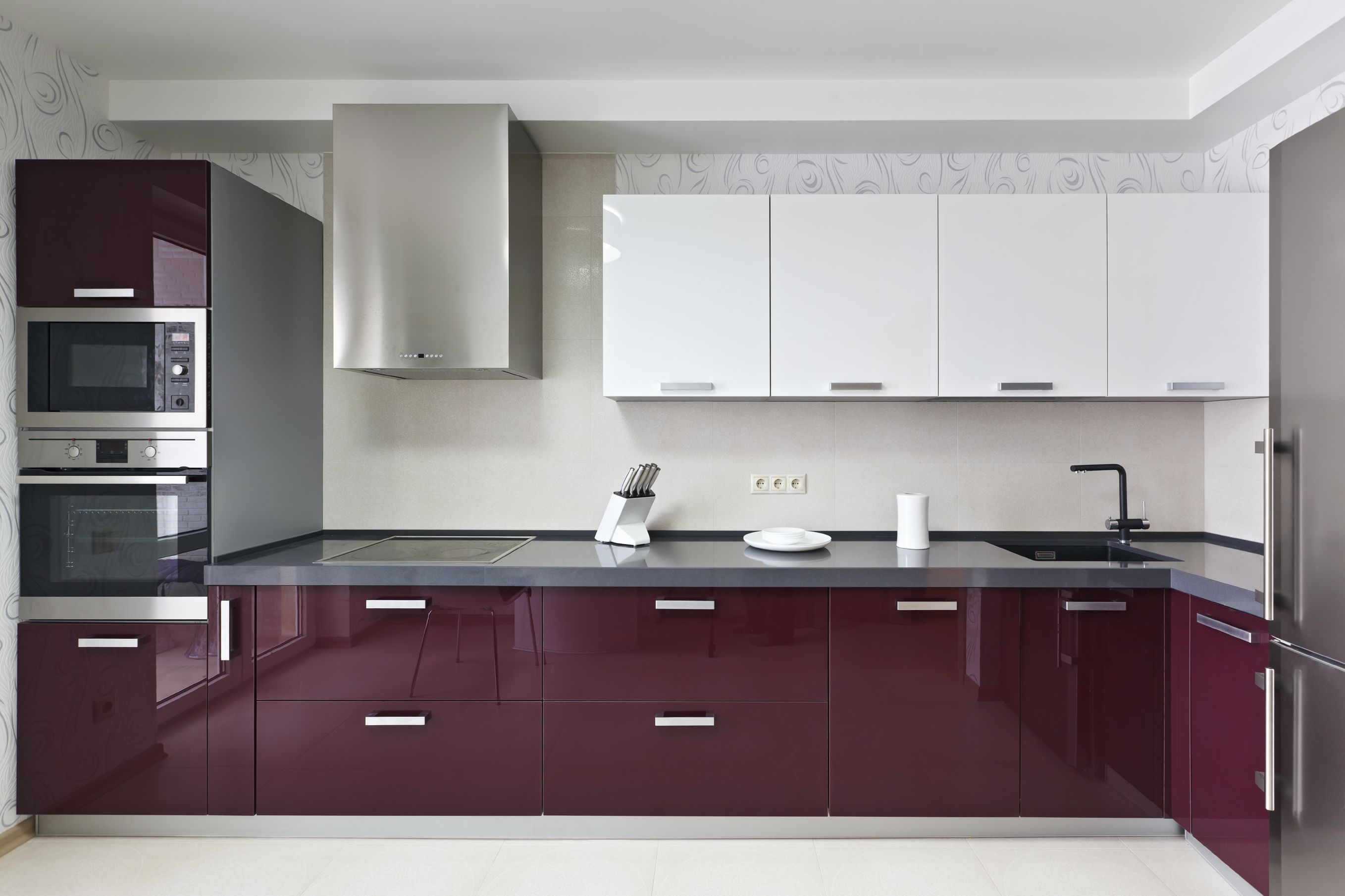 Most People Enjoy Maroon As A The Closest They Ll Get To Purple This Is A Perfect Example Of Modern Kitchen Cabinets Modern Kitchen Modern Kitchen Interiors