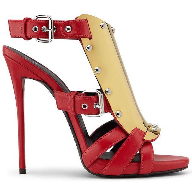 I found this #Giuseppe_Zanotti #shoe and look-alikes on #LookAllure app: http://www.lookallure.com/products/732083-giuseppe-zanotti