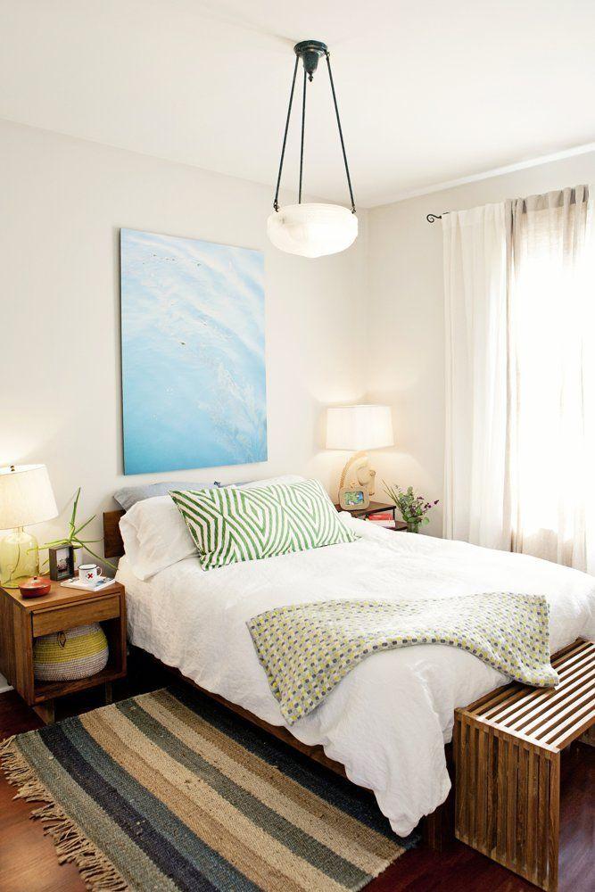Dormitorio del apartamento ecléctico clásico con algún detalle ...