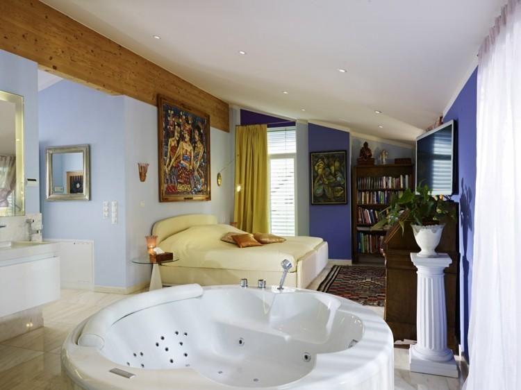 Indoor Jacuzzi Ein Ganzes Spa Erlebnis In Ihrem Zimmer Dekoration Ideen Indoor Jacuzzi Jacuzzi Indoor Hot Tub
