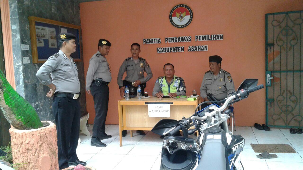 Unit Patroli Roda 4 Menyambangi Kantor Panwaslih Di Jl Marah Rusli Situasi Aman Dan Baik Marah