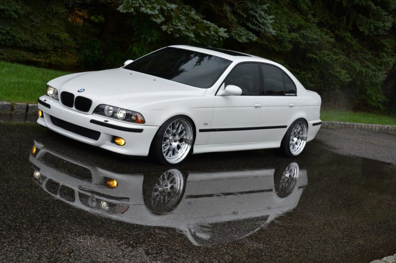 White E39 On Fiske Rims With Images Bmw Bmw E39 Bmw Classic Cars