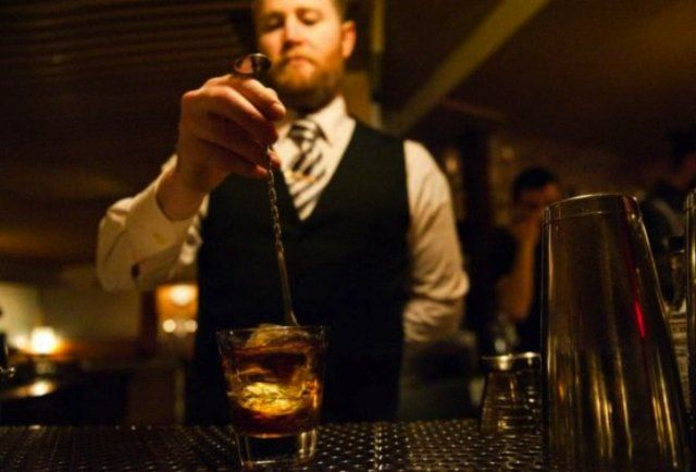 The 8 Best Cocktail Bars in NYC #thrillist
