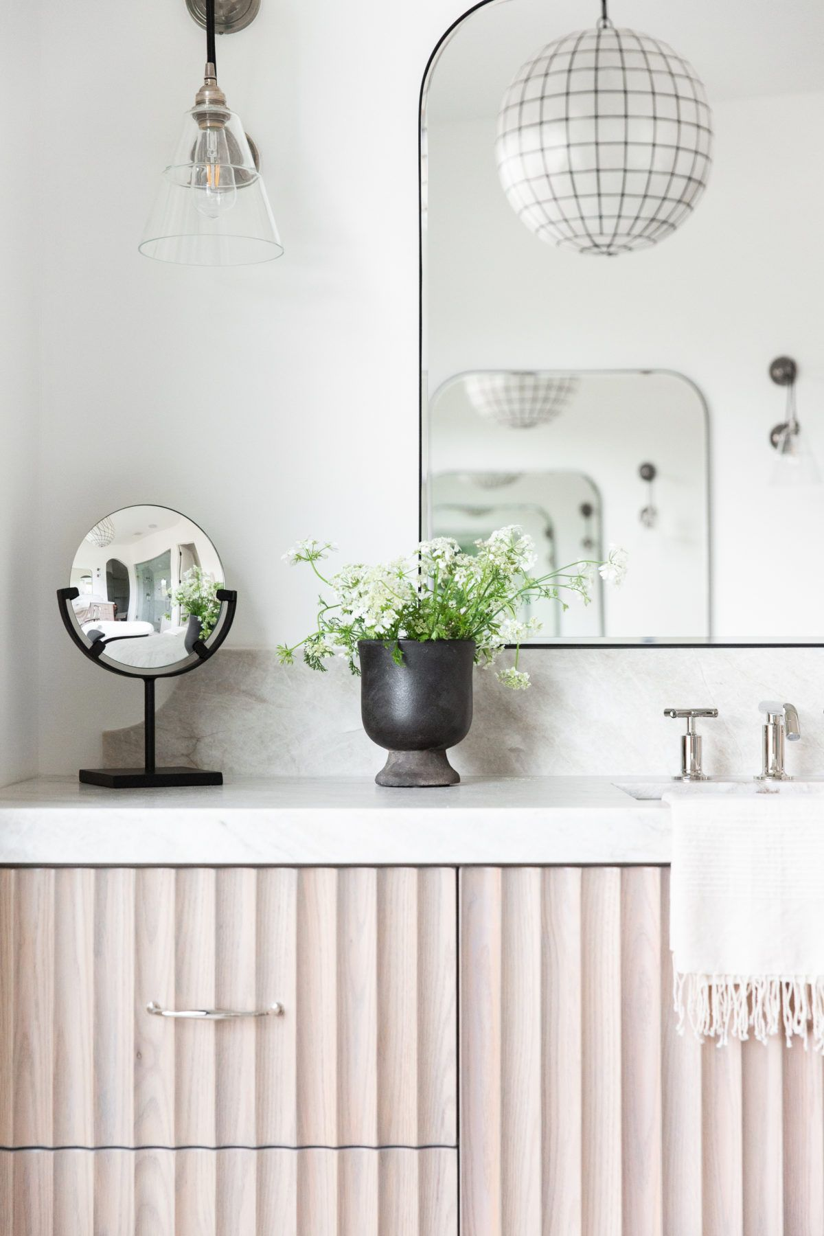 A Modern Home Rooted In Travel Tradition And Style Bathroom Vanity Designs Pretty Bathrooms Bathrooms Remodel