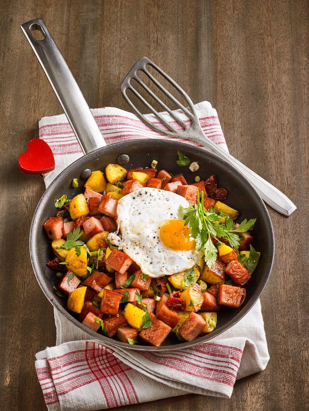 Kartoffel-Leberkäse-Pfanne mit Spiegelei von riga53 | Chefkoch