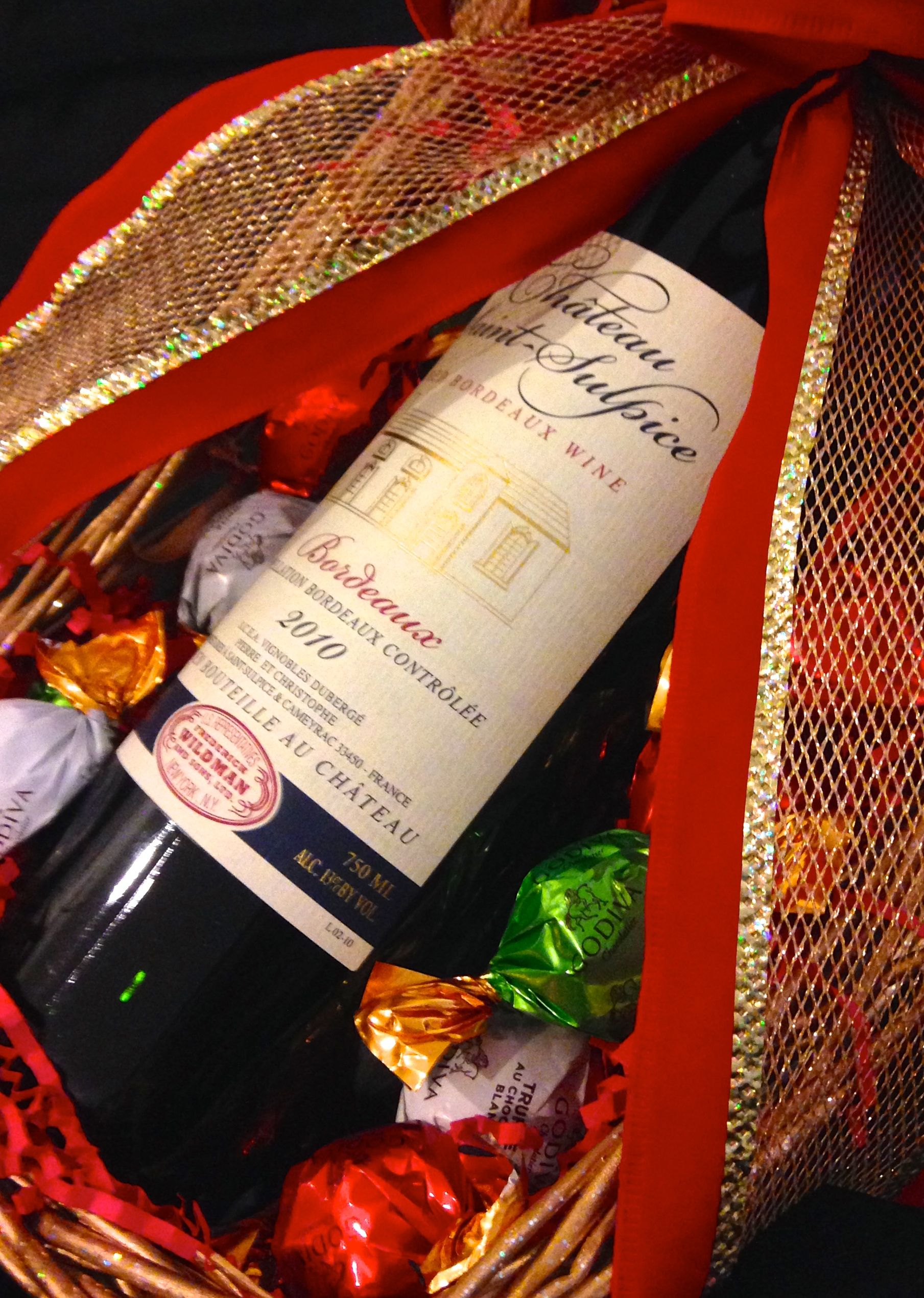 Katie Rose Llc Wine Basket In Christmas Sleigh With Chocolate Truffles Perfect For The People You Ve Been Procrastinating On Can Be Customiz Wine Baskets Christmas Holidays Basket