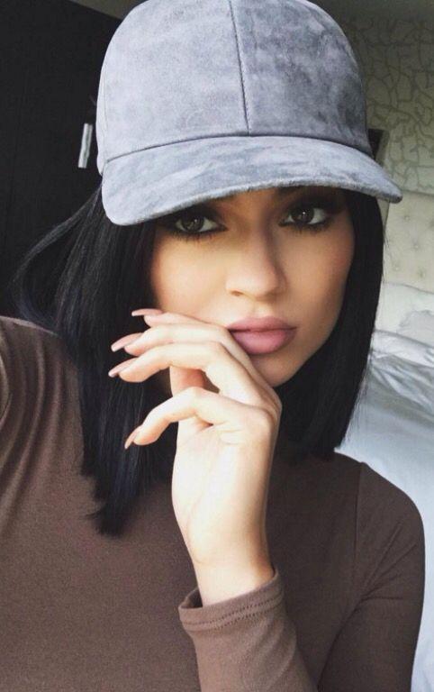 c6dfc4b2748fe Kylie Jenner