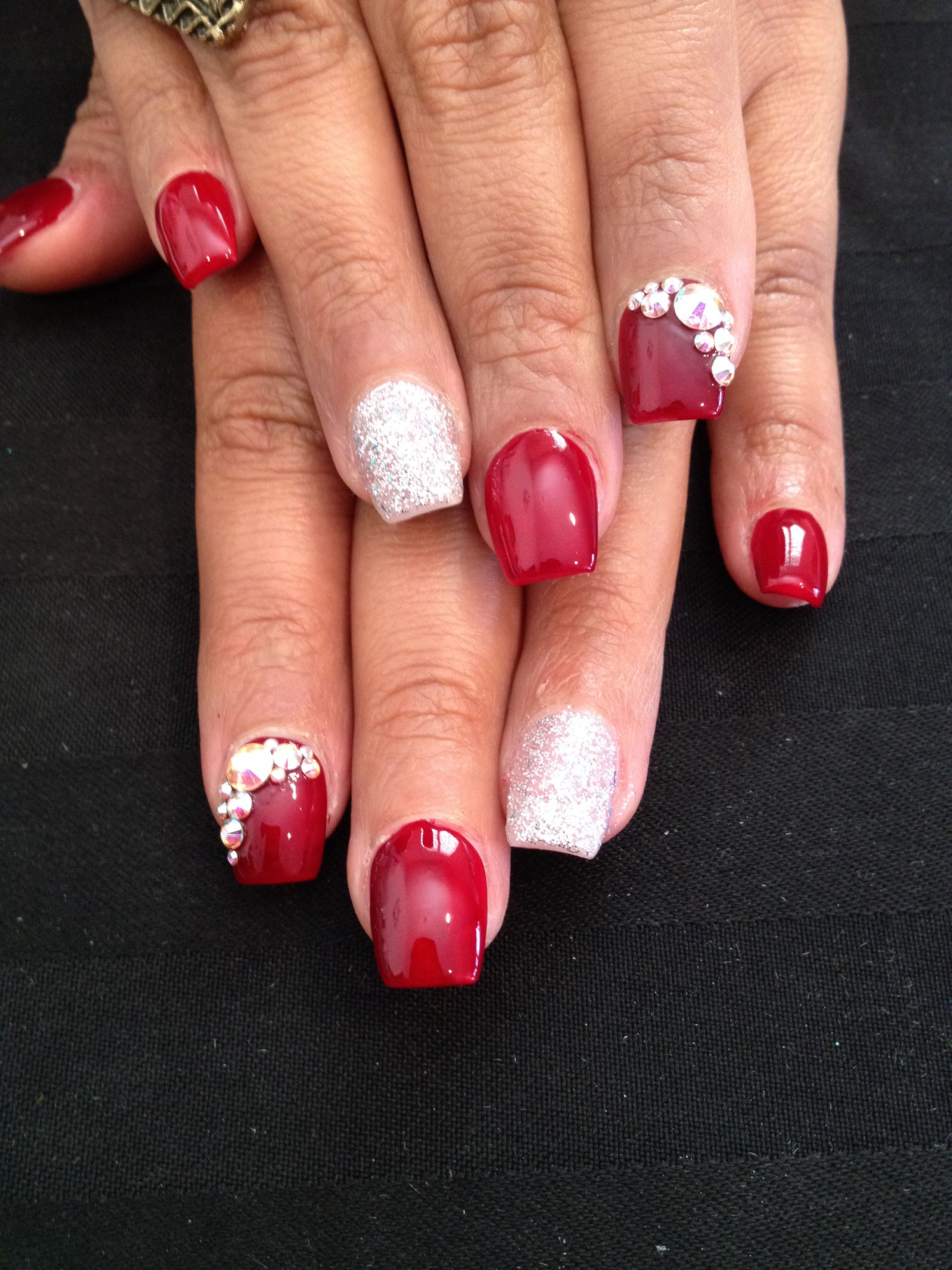 Short Red Coffin Nails | Christmas nails acrylic, Short ...