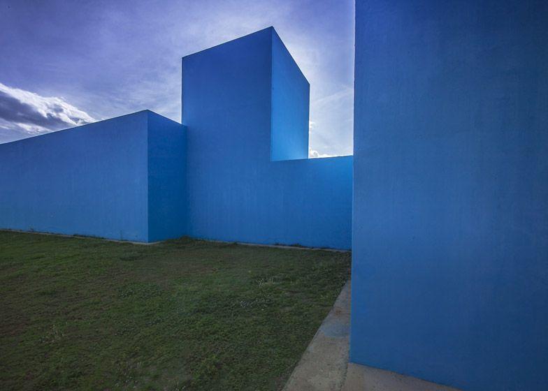 Museum featuring bright blue blocky facades.