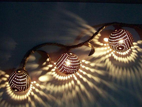 Lampe De Coco Lampe A Suspension Fait Main De Par Siamroseoriginal Coconut Shell Crafts Gourd Lamp Lamp Decor