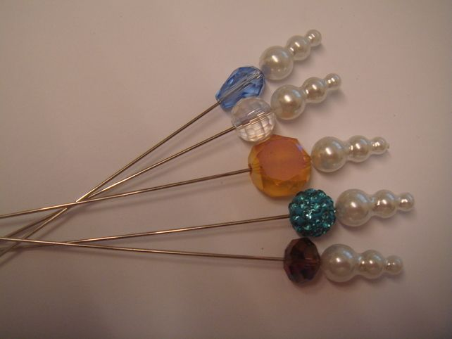 3B. a collection of 5 crystal and pearl hat pins for hats, corsage or crafts   £2.95