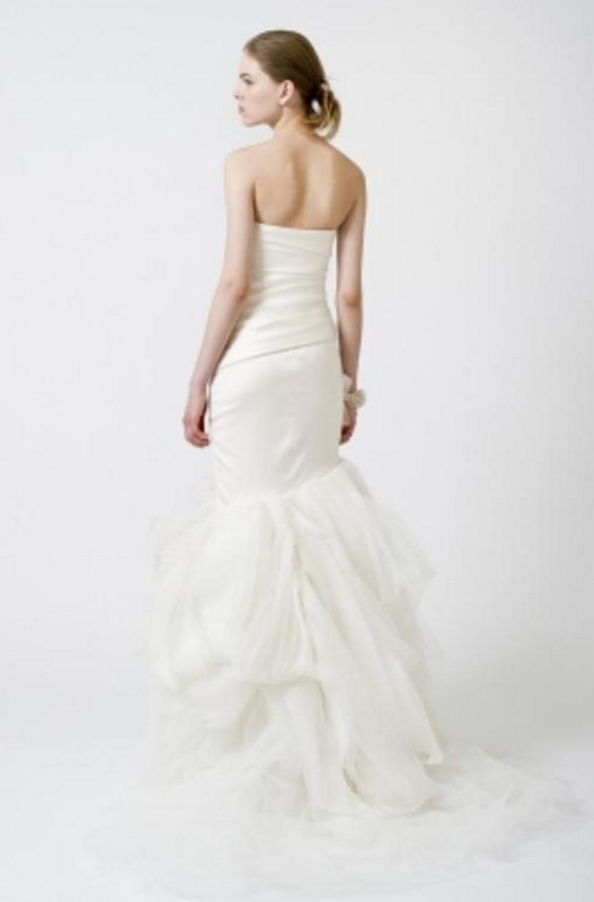 Vera Wang \'Fiona\' Mermaid Asymmetrical Wedding Gown | Wedding dress ...