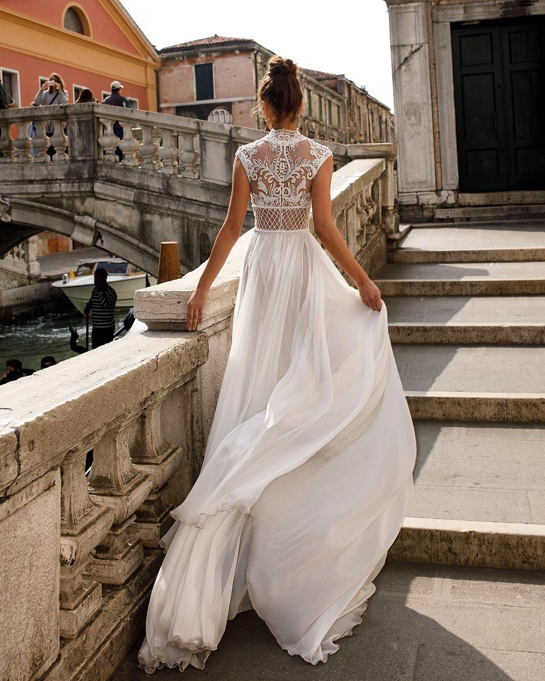 Julie Vino Venice SS 2018 #julievino #weddinggown #newcollection2018 ...