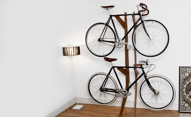 Decorating ideas for small interiors bike holder quarterre design featured idees deco deco - Porte velo appartement ...