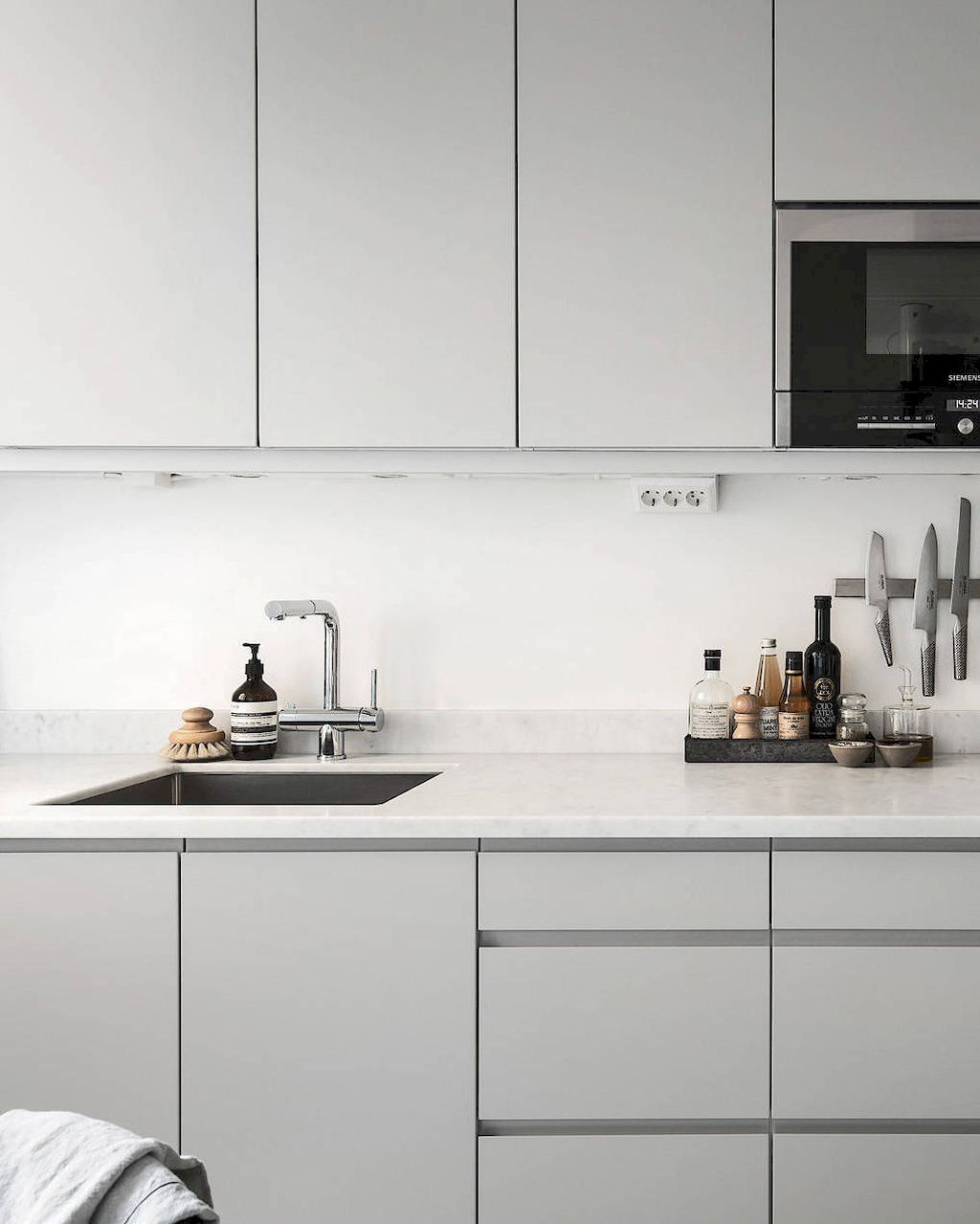 Implausible Scandinavian Kitchen Design Interior Of The All White And Beautiful Tiny Kitchen White Modern Kitchen White Kitchen Design Kitchen Interior