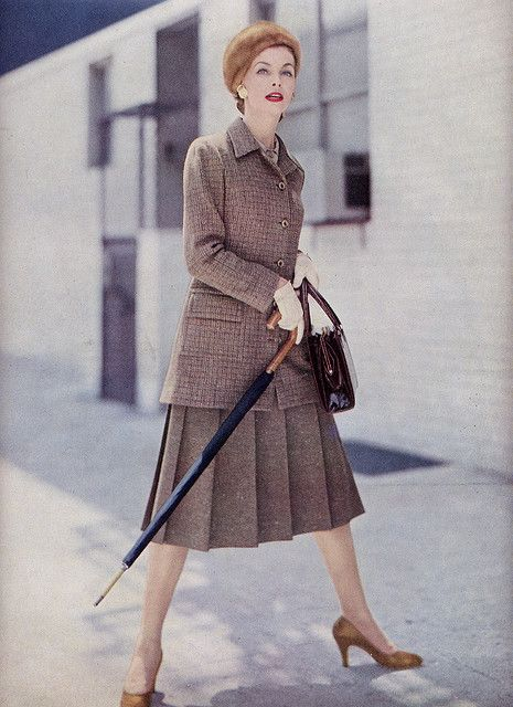 Skirt suit elegance from Vogue magazine, 1955. #vintage #1950s ...