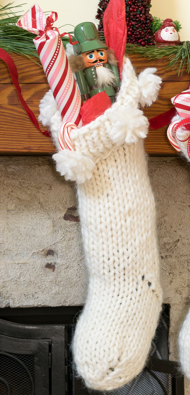Chunky Knit Christmas Stocking Pattern   Chunky yarn, Knitted ...