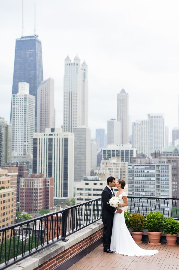 Elegant Urban Wedding In Chicago At Prairie Productions Pinterest