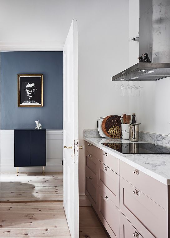 Interesting Play Of Warm And Cool Tints Kitchens And Dining Pink