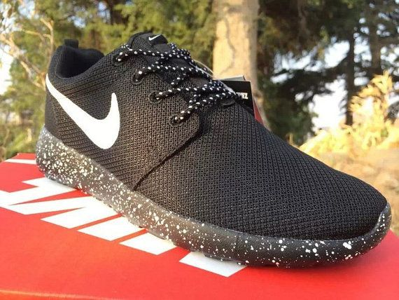 new product b9d19 bdd2f custom Nike Roshe run oreo print by stylingshoes on Etsy