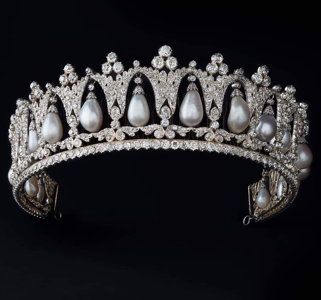 Тиары короны мира фото