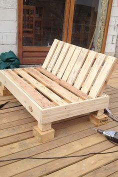 50 ideas de muebles con palets sof s sillones camas for Idea de muebles quedarse