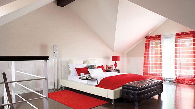 Un chalet converti en maison | Chambres rouges, Chalet et Ma maison