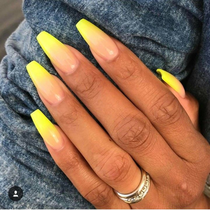 Yellow to preach ombre