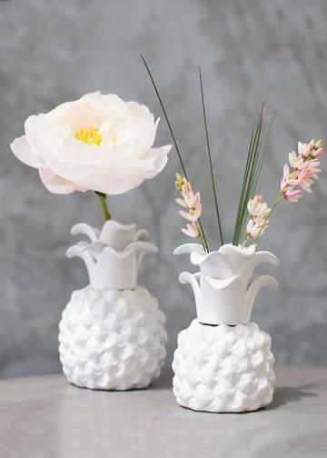 Pineapple Ceramic Floral Vase In Whitebr4 Diameter X 6 Tallbr1