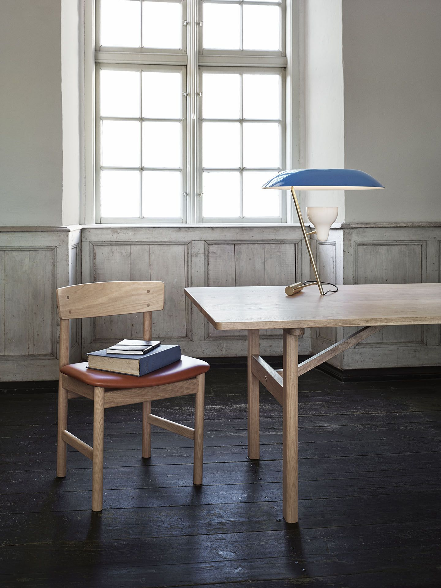 3236 Chair and 6284 Table by Brge
