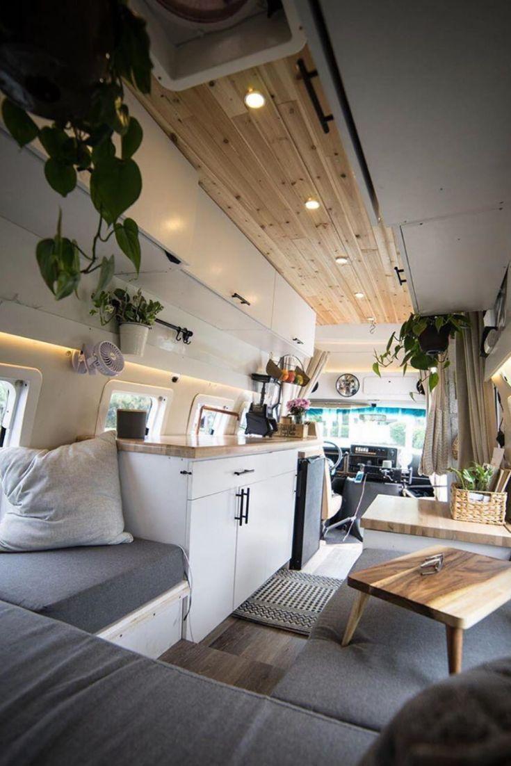 Über 50 Camper-Van-Bilder, die Sie dazu inspirieren, Ihr eigenes kleines Zuhause zu gestalten   -