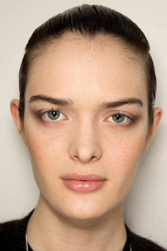 Style - Minimal + Classic: Natural glossy lip with smokey outer eye  Fendi | FW2014