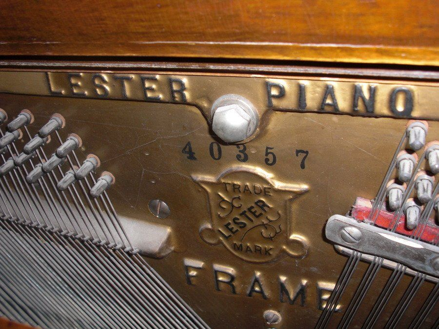 lester philadelphia upright grand piano serial number 40357 how much is it my piano. Black Bedroom Furniture Sets. Home Design Ideas
