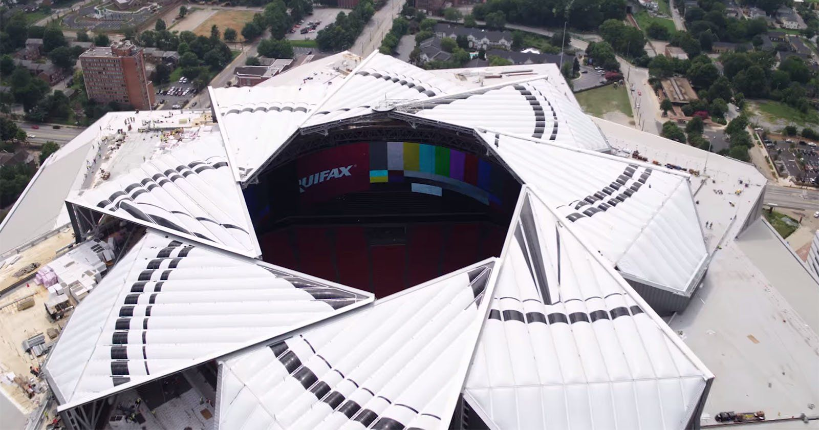 This Is The Aperture Roof On The Atlanta Falcon S New 1 6b Stadium Atlanta Falcons Stadium Roofing Diy New Atlanta