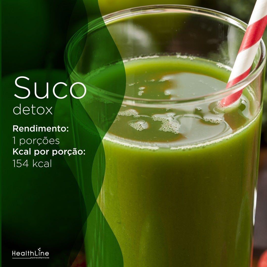 Para fechar o dia vamos de suco detox!  Ingredientes:  1 copo (150ml) de água 1 maçã verde  xícara (chá) de framboesas 1 folha de couve 1 kiwi  Preparo: bata todos os ingredientes no liquidificador e sirva gelado.  #healthLine #receita #sucodetox #saúde by healthline_