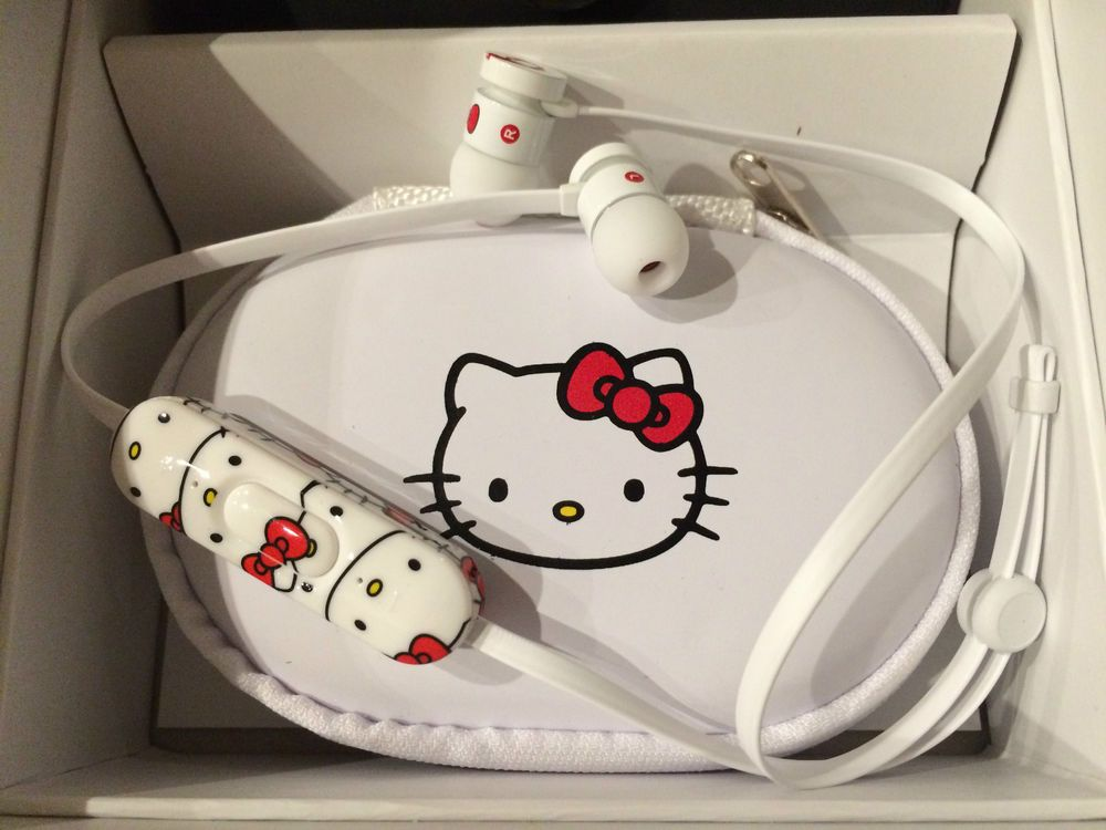 5c0c5854bea WIRELESS Sanrio Hello Kitty Beats UrBeats WiFi Bluetooth 4.0 Earphones RARE  | Consumer Electronics, Portable Audio & Headphones, Headphones | eBay!