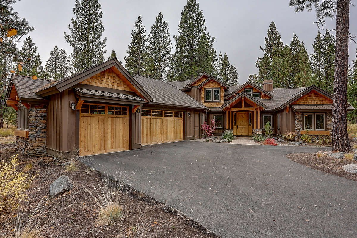 House Plan 5829 00027 Mountain Plan 2 554 Square Feet 3 4 Bedrooms 3 5 Bathrooms In 2020 Craftsman Style House Plans Craftsman Floor Plans Ranch House Plans