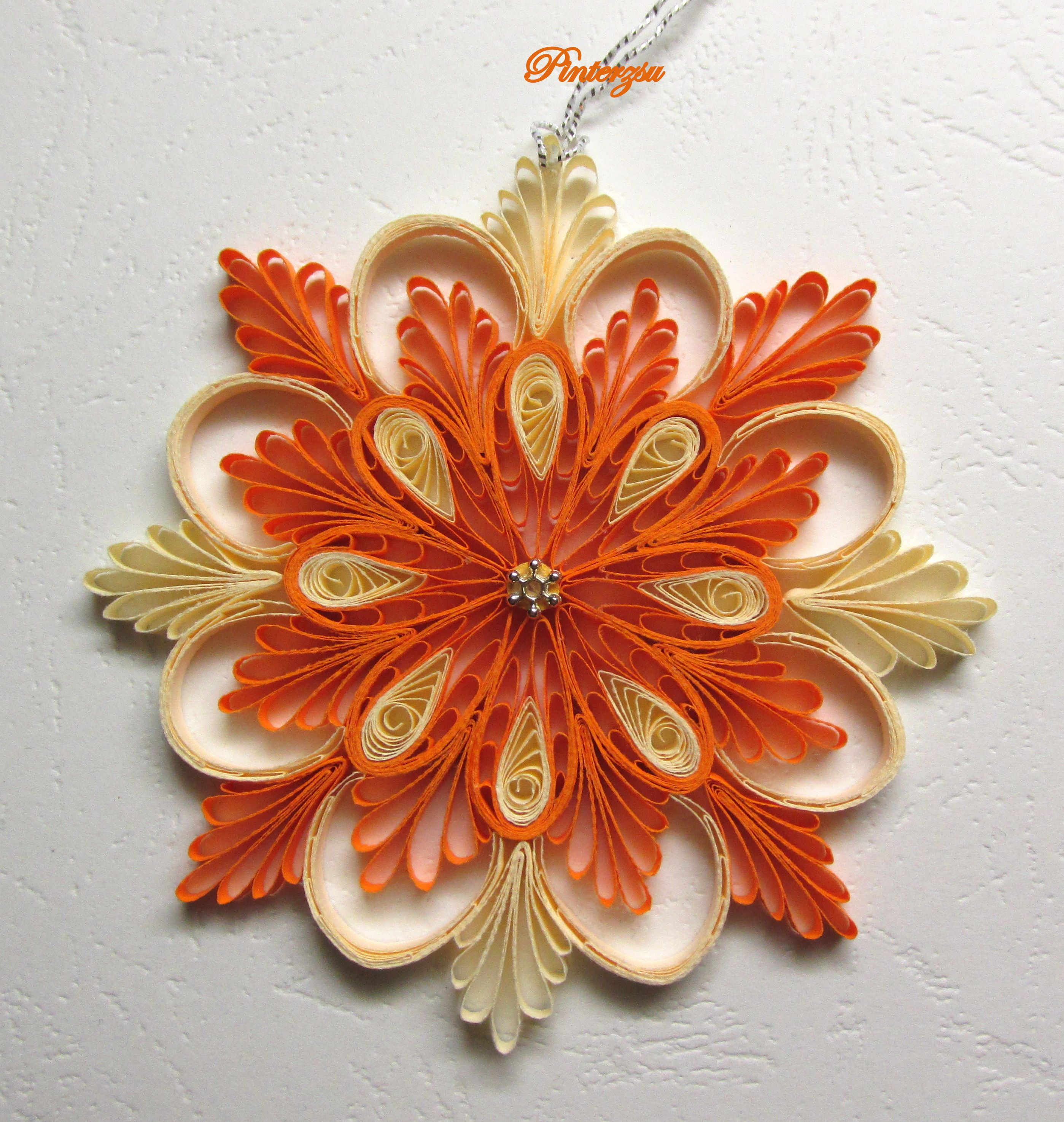 Quilled snowflake christmas my works pinterest for Quilling patterns