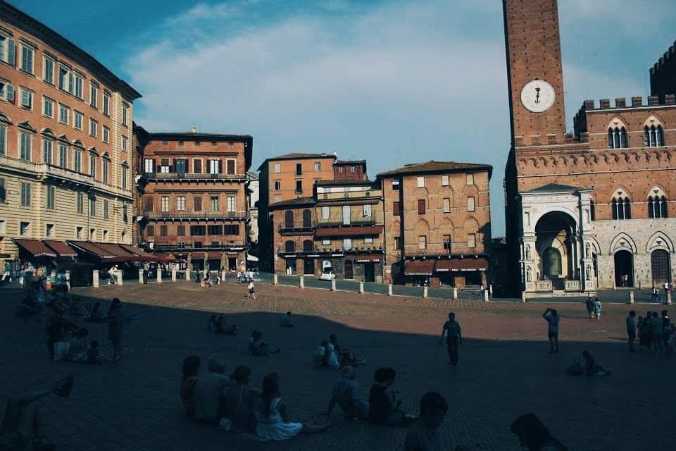 Luoghi del cuore : piazza del Campo #Siena . . . . . #italy #siene ...
