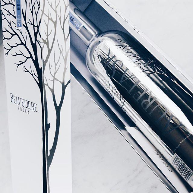 N E W ! Belvedere #BESPOKE Silver Saber Magnum personalized bottle @belvederevodka #belvederebe #belvederevodka #magnum #vodka