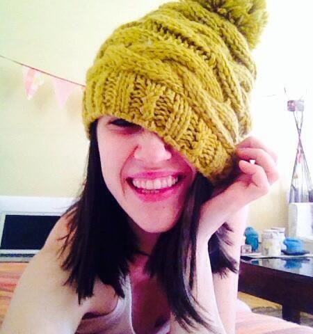Lodovica Comello con il cappello Brekka https://twitter.com/lodocomello/status/441302363530616832/photo/1