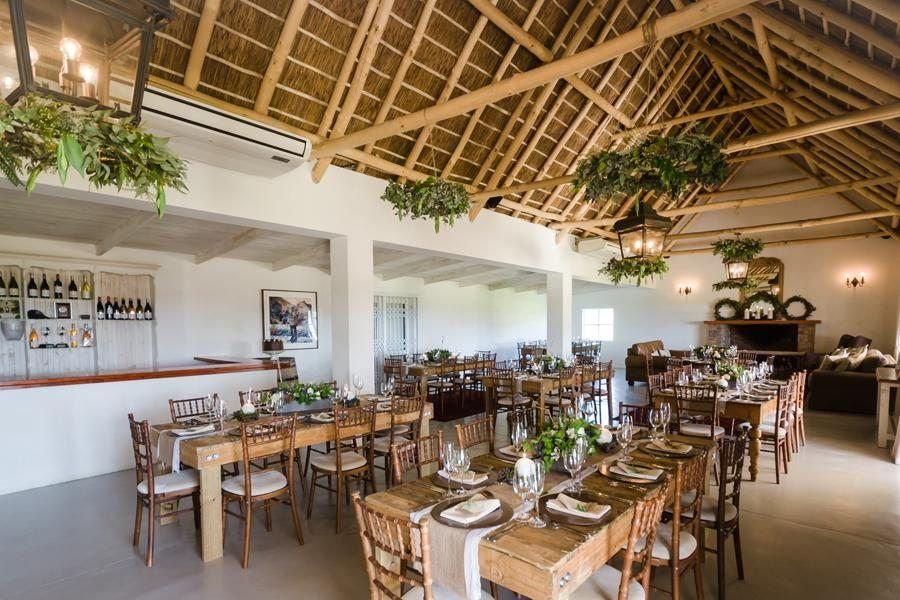 Paarl Wedding Venue Vondeling is situated on the slopes of the Paardeberg mountain and offers minimalistic elegance with a touch of Cape country style.
