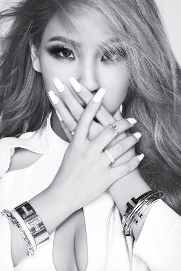 21 Kickass K Pop Stars With Monolids Cl 2ne1 2ne1 Elle Magazine