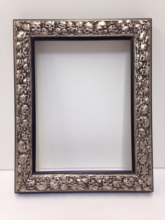 Skull Picture Frame Silver Picture Frame 3x5 4x6 5x7 8x10 11x14 16x20 18x24 Custom Sizes Silver Picture Frames Skull Pictures Unique Picture Frames