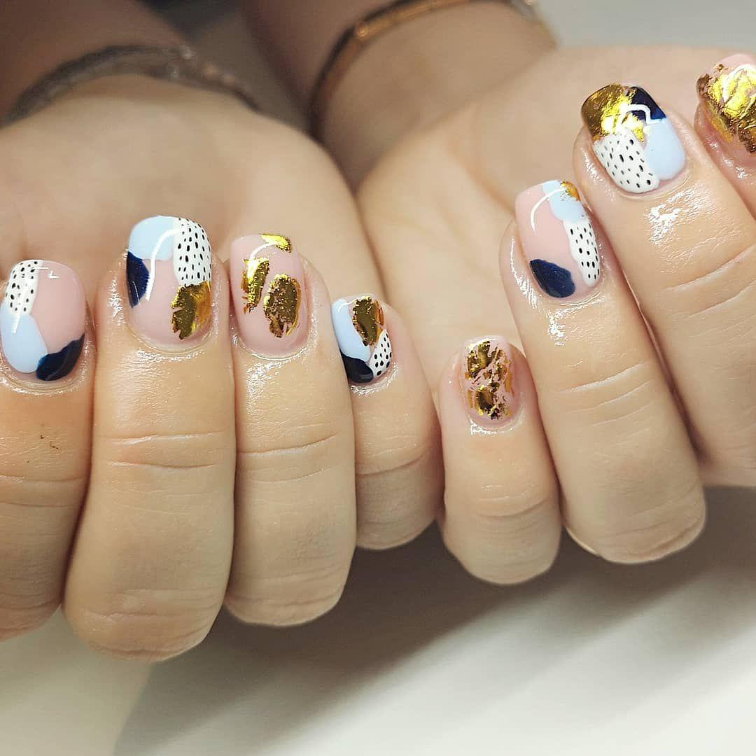 Abstract Nails Art