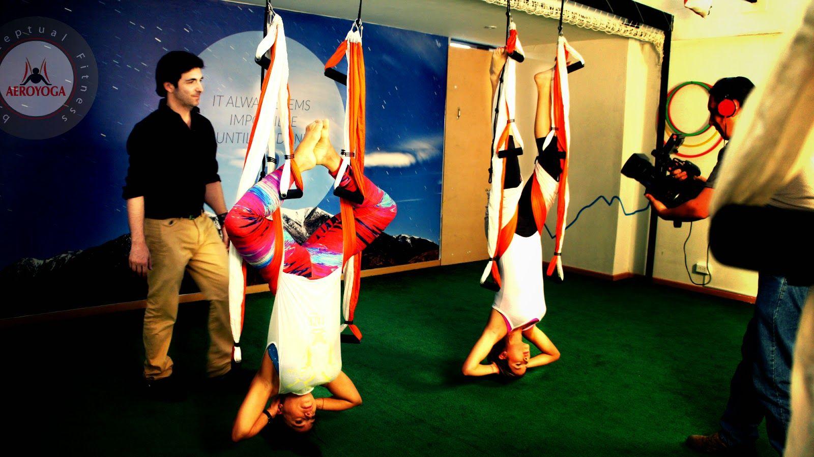RAFAEL MARTINEZ: AERIAL YOGA TV PRESS HEALTH BEAUTY WELLNESS #yoga #Fitness #rafaelmartinez #teacherstraining #gym #INVERSIONS #AERIALYOGA #Aerial #aerien #luft #yogaacrobatico #acro #ACROBATIC #acrobatico #pilatesaereo #Pilates #formacion #certificación #fly #volar #aire #AIR #vaihayasa